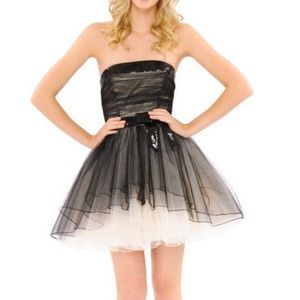 Betsey Johnson tulle sheer layer holiday dress 4
